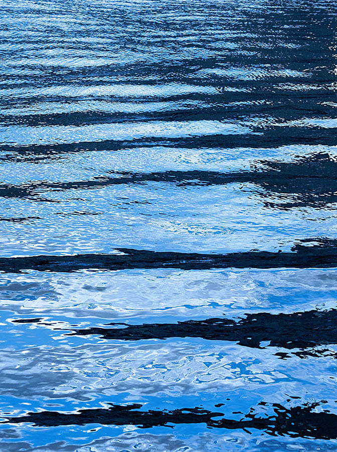 ramstein optik – wasseroberflächen – plakatkampagne – wasser – licht reflexionen – poster campaign – water surfaces – water – light reflections – art – kunst – art paintings – art photography – fotografie – by sabina roth + peter gartmann – sabina roth – roth – peter gartmann – peter walther gartmann – walther gartmann – gartmann – art + photography – kunst + fotografie – basel – zürich – schweiz – switzerland – susanne minder art picture collection – susanne minder photo collection – collection susanne minder – bildarchiv – minder – andreas bichweiler – andi bichweiler – bichweiler – represented by marco stücklin – www.marco-stuecklin.ch – marco stücklin – stücklin – stuecklin