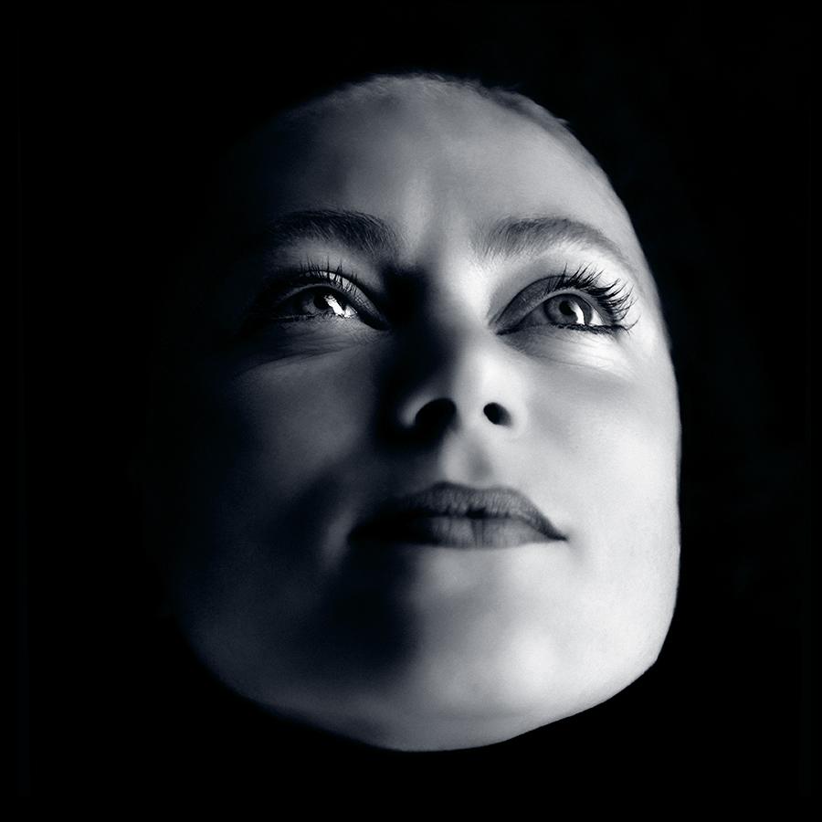 face to face – face-to-face – face – portrait – emotions – gesicht – spiegelbild der seele – porträt – porträtfotografie – portraitfotografie – emotionen – gefühle – antlitz – von angesicht zu angesicht – mimik – gesichtsausdrücke – körpersprache – maske – grimasse – haut – stirn – augen – nase – wangen – ohren – lippen – mund – kinn – emozioni – emoties – lächeln – lachen – blinzeln – zwinkern – schmunzeln – freude – angst – trauer – wut – überraschung – art – kunst – art paintings – art photography – fotografie – by sabina roth – sabina roth – roth – fotografin – fotograf – basel – www.sabinaroth.ch – www.instagram.com/sabinaroth_photography/ – @sabinaroth_photography – photographer – baselland – baselbiet – basel-stadt – basel-land – nordwestschweiz – zürich – schweiz – emotionale bilder – porträts – naturfotografie – landschaftsfotografie – architekturfotografie – reportagen – experimentelle fotografie – werbung – fotografie + kommunikation – peter gartmann – peter walther gartmann – walther gartmann – gartmann – www.petergartmann.ch – www.instagram.com/petergartmann_art/ – @petergartmann_art – art + photography – kunst + fotografie – switzerland – collection susanne minder – bildarchiv susanne minder – susanne minder – minder – susanne minder art picture collection – susanne minder photo collection – www.susanneminder.ch
